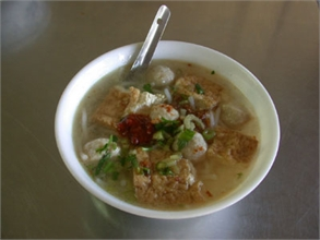 Chen Mao Geng Fish Ball and Rice Flour Noodles