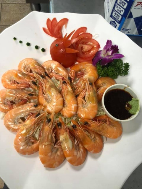 Shrimp and crab dishes